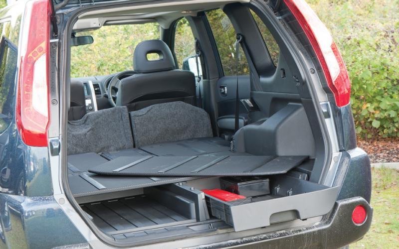 Nissan X Trail 2 0 Dci Tekna Vehicle Test Total Off