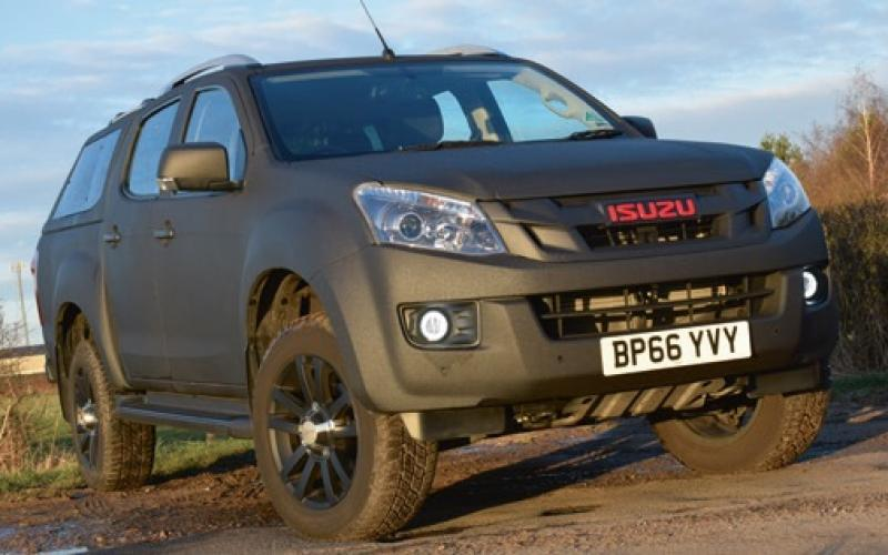 Raptor Coating Joins Official Isuzu D-Max Accessory List ...